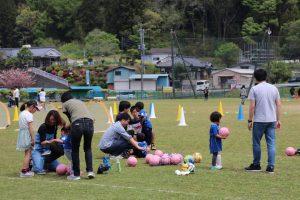 <日立市>親子サッカー教室