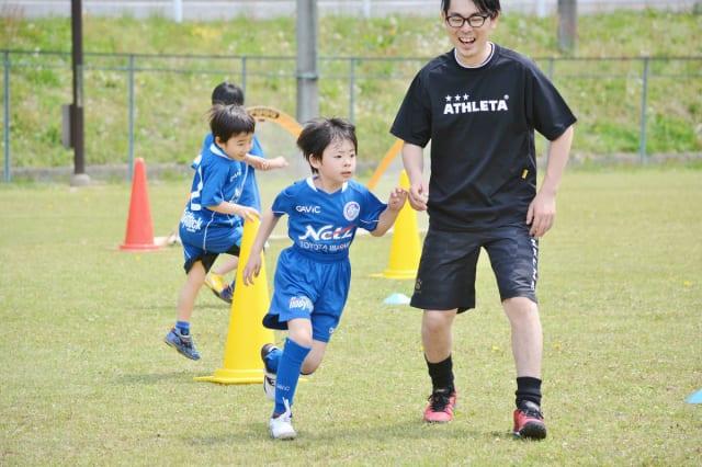 親子サッカー教室を開催<日立市>写真提供:デイリーホーリーホック